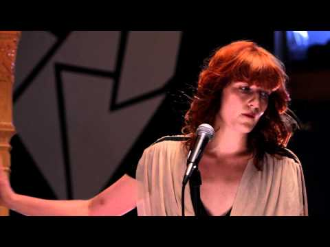 Florence + The Machine - VEVO Go Shows: Dog Days Are Over