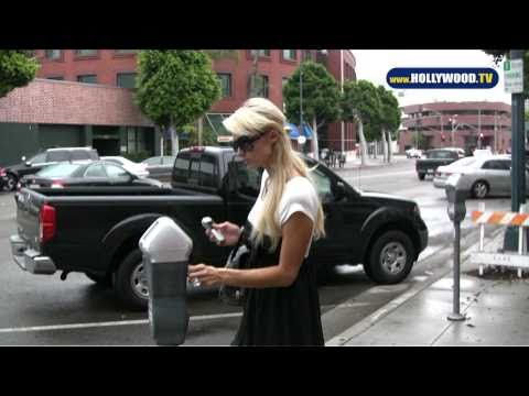 EXCLUSIVE: Paris Hilton running daily errands